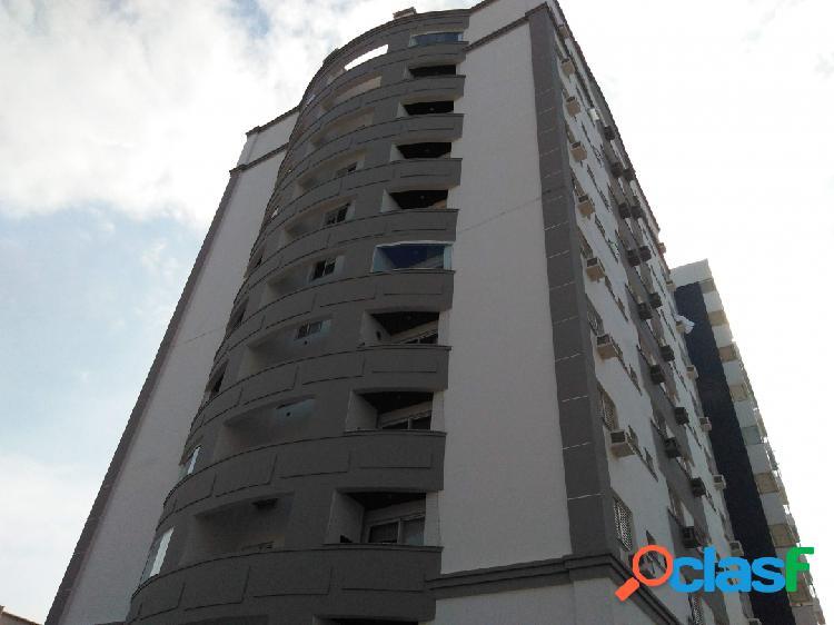 apartamento em Barreiros com 2 dormitórios suíte sacada