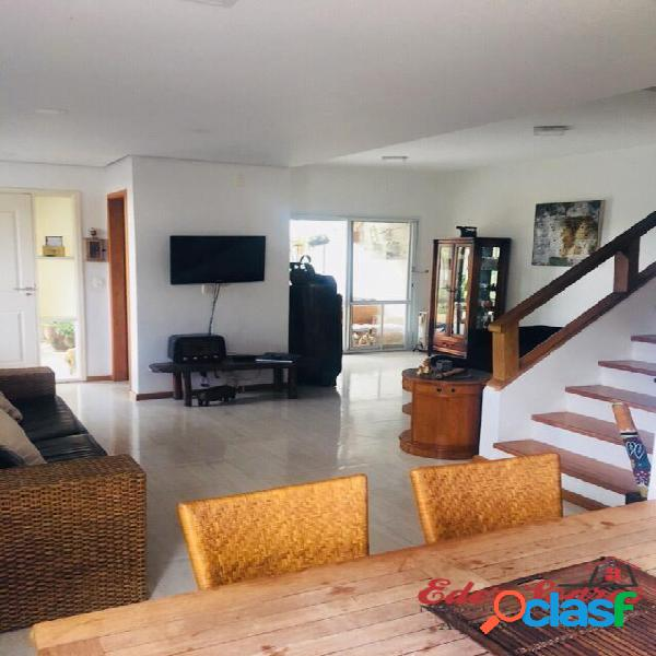 Casa á venda no Residencial Scenic com 403m² de Terreno