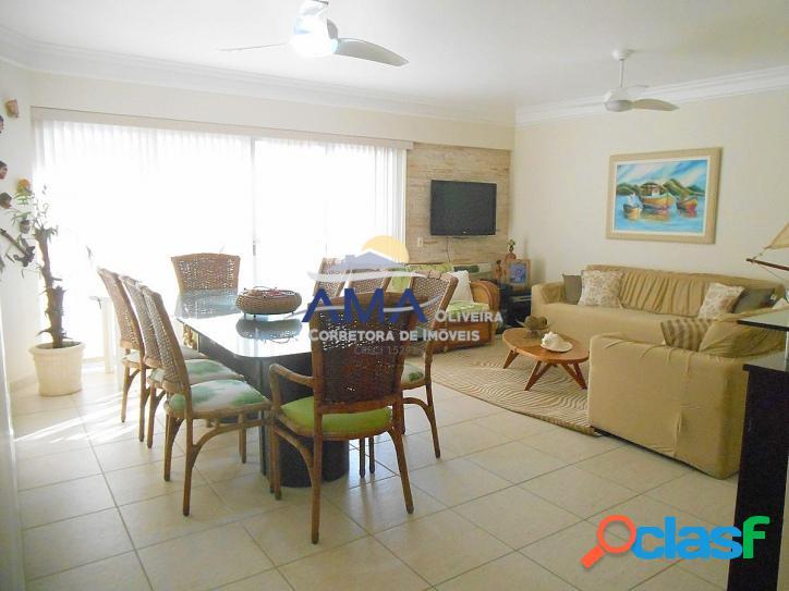 3 dormitórios Pitangueiras, 1 quadra do Mar