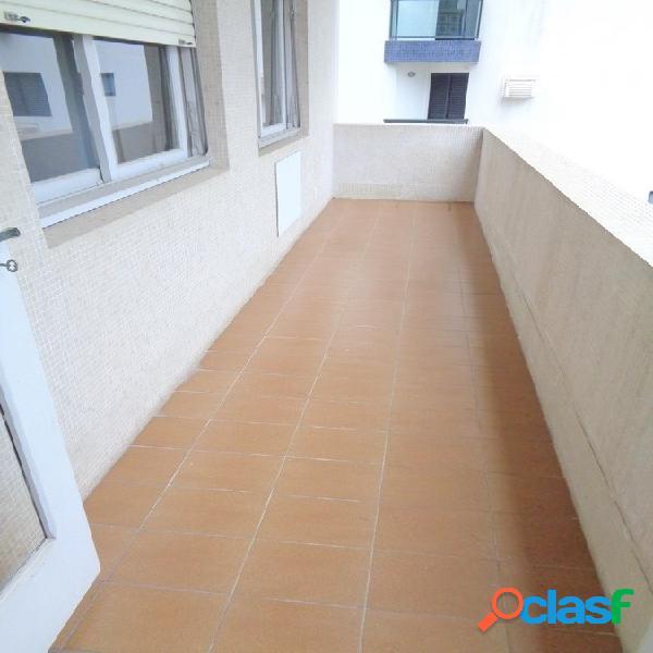 3 dormitórios Pitangueiras Guaruja, Uma quadra do Mar!