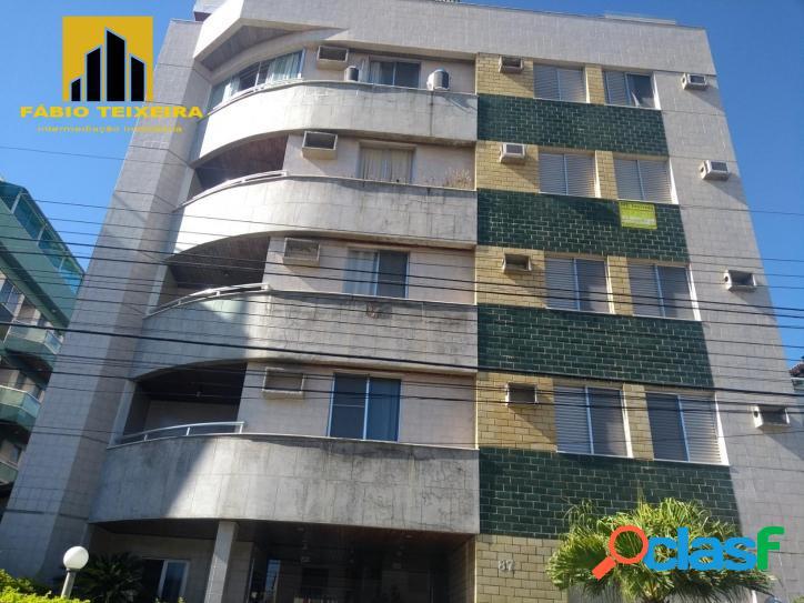 Apartamento com 3 dormitórios à venda, 115 m² por R$