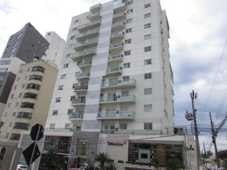Apartamento semimobiliado para locação no Bairro Maria