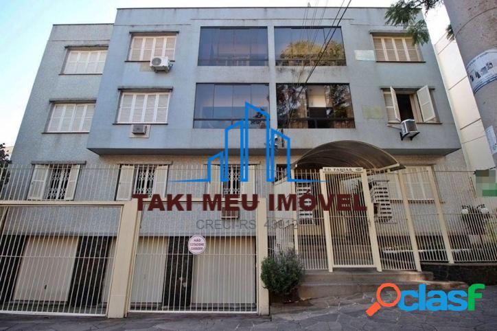 Apartamento à venda de 3 dormitórios com 2 vagas no bairro