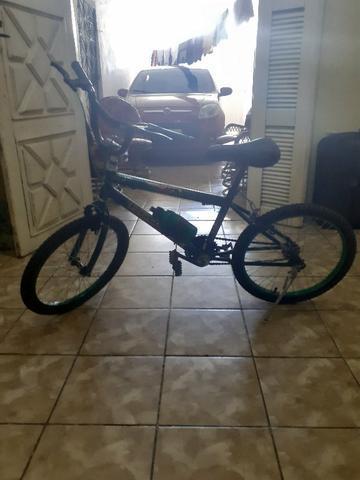 Bicicleta Do Ben 10 Novinha Pneu Novo Original