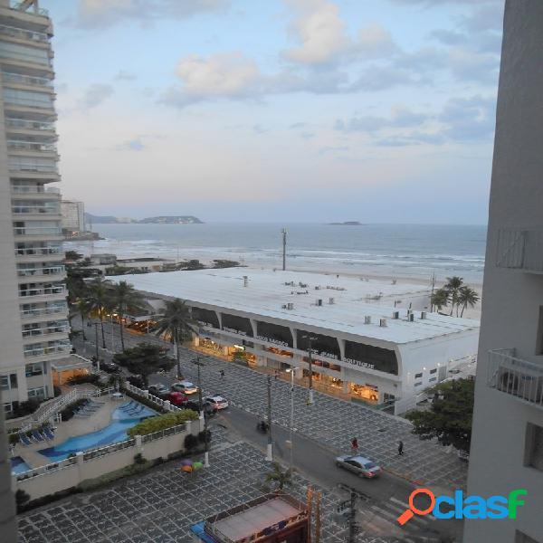 Calçadão Pitangueiras, 50 metros da Praia