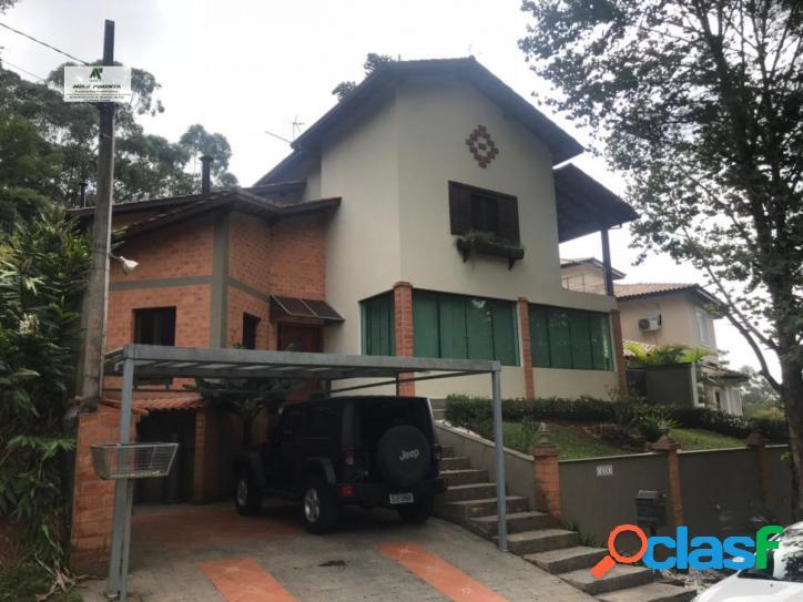 Casa a Venda no bairro Granja Viana em Cotia - SP. 2