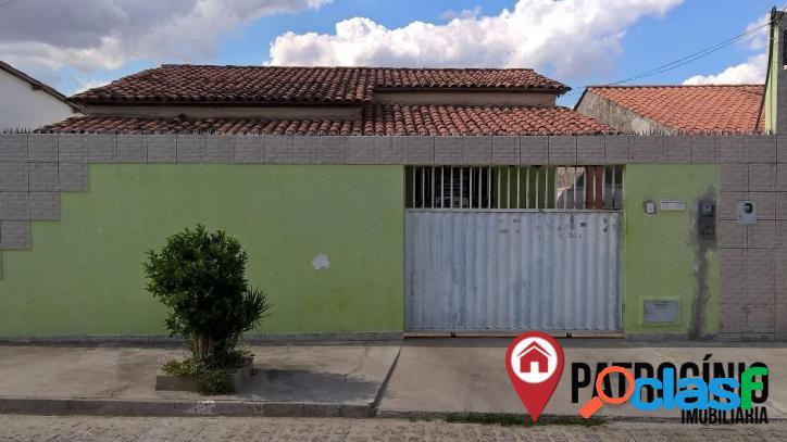 Casa residencial à venda, Parque Ipê, Feira de Santana.