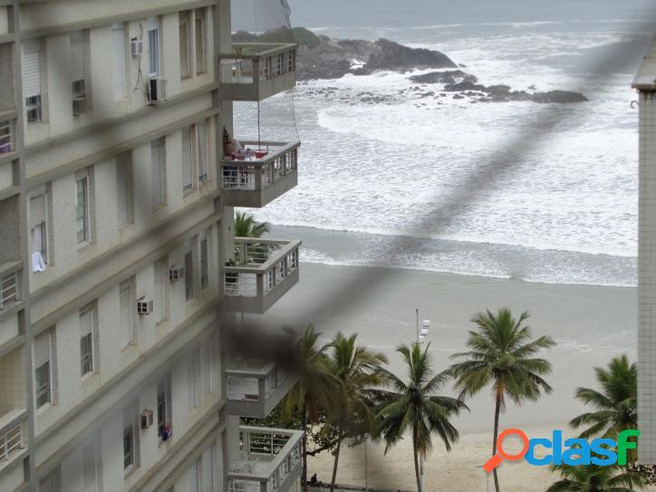 Locação Temporada Guarujá, 3 dormitórios Calçadão!