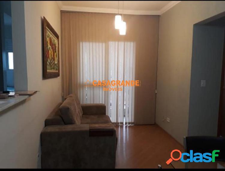 Locação de Apartamento 2 quartos, semi Mobiliado, Bosque