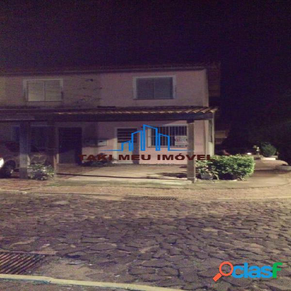 Sobrado com 2 Quartos à Venda, 64 m² por R$ 160.000