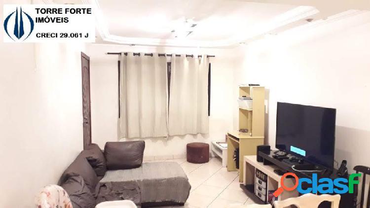 Casa com 3 dormitórios, 1 suite na Vila Carrão. 2 vagas!