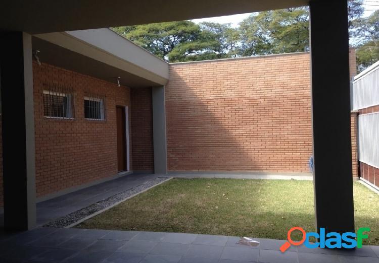 Locação, casa no Jardim Satélite, 3 dormitórios,175 m²