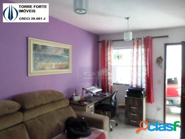 Uma linda em condomínio fechado casa com 2 dormitórios em