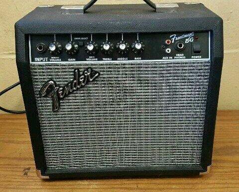 Amplificador Fender 15 G