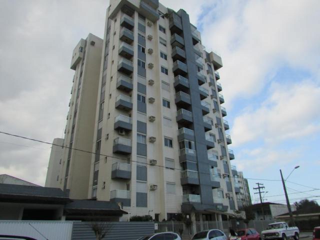 Apartamento para alugar com 3 dormitórios em Anita