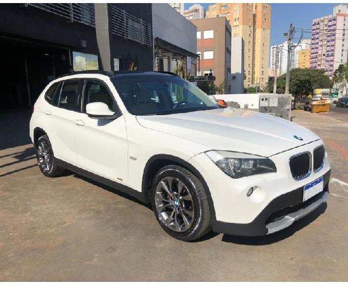 BMW X1 Sdrive 18i 2013 Branca - Interior Caramelo
