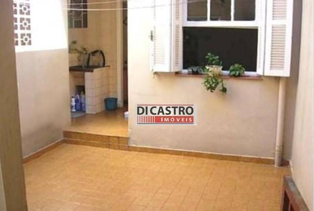 Sobrado com 3 dormitórios para alugar, 174 m² por r$
