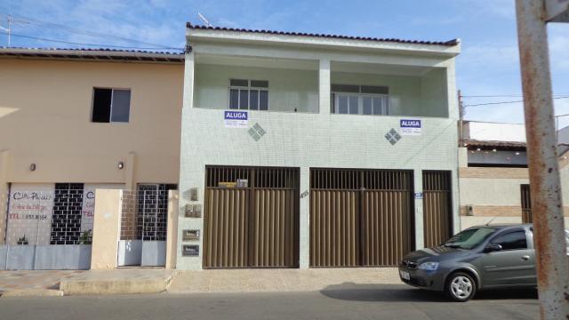 Sobrado com 3 dormitórios para alugar, 62 m² por r$