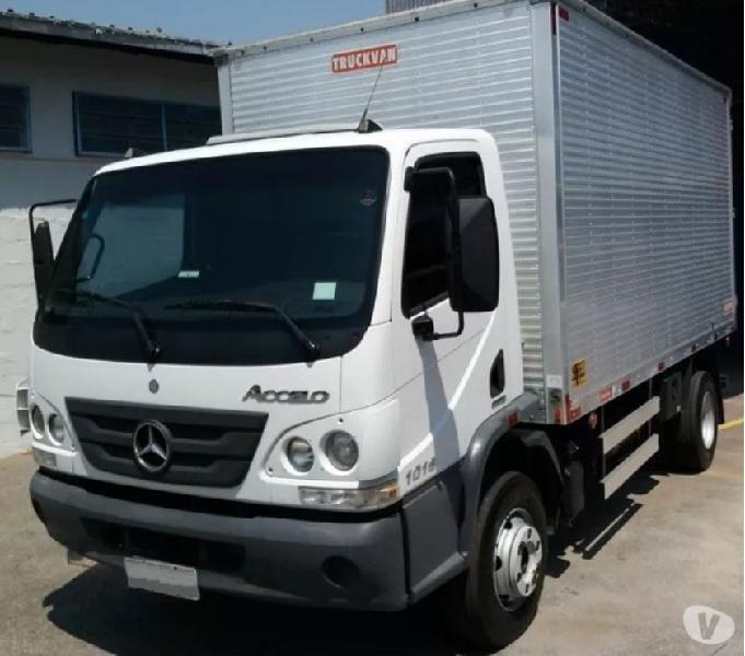 Caminhão MB ACCELO 1016 anomod:2015
