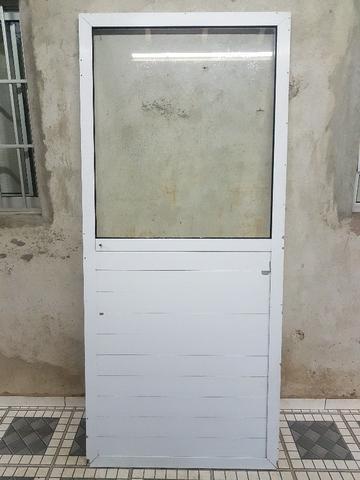 Porta ou divisória de alumino com vidro