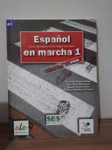 Livro de espanhol - Español en Marcha