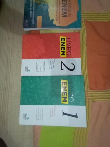 Vendo coleção de três livros para o ENEM