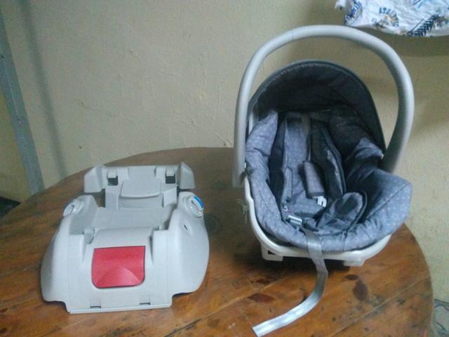 Bebê conforto Galzerano,com suporte para carro