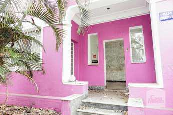 Casa para alugar no bairro Savassi, 290m²