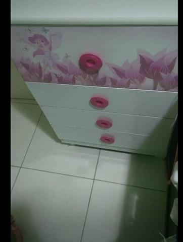 Cômoda infantil rosa