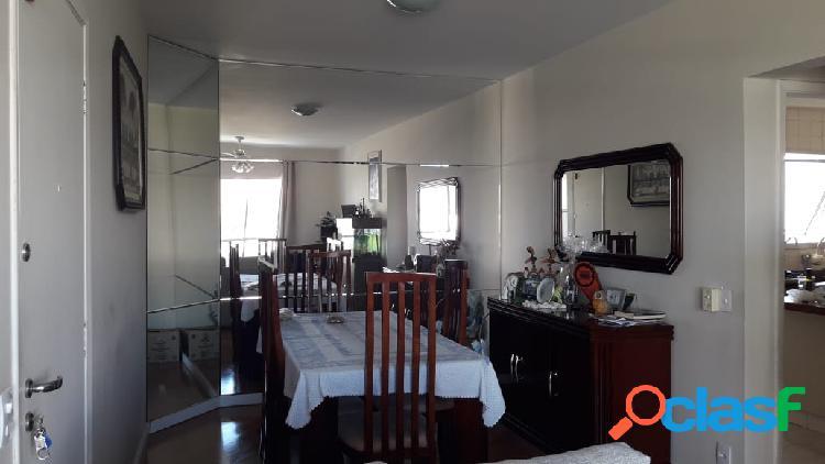 Apartamento com 3 dormitórios sendo 1 suíte no Jd.