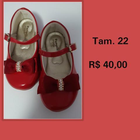 Sandálias e sapatos infantil