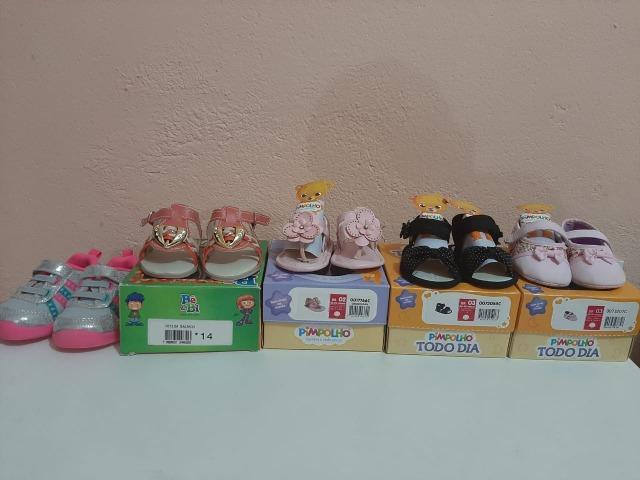 Vendo 5 lindos calçados para bebê menina!