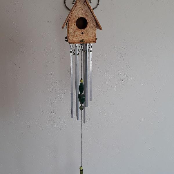 sinos dos ventos em casa passarinho com cristais da saude