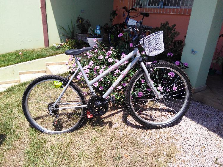 Bicicleta feminina aro 26 18V