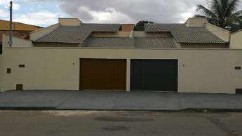 Casa com 3 quartos à venda no bairro Vila Brasília, 225m²