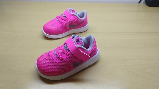 Lindíssimo Tênis Nike Free RN (TDV) tamanho 22.5 Rosa