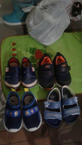Lote tênis e sandálias 7 pares