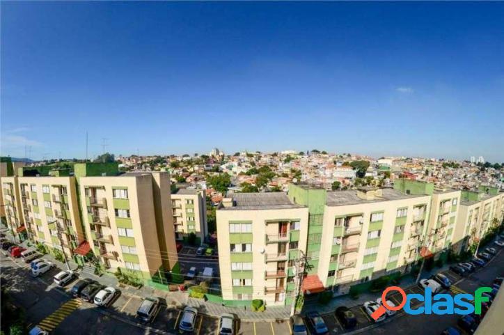Apartamento amplo com excelente localização, pronto para