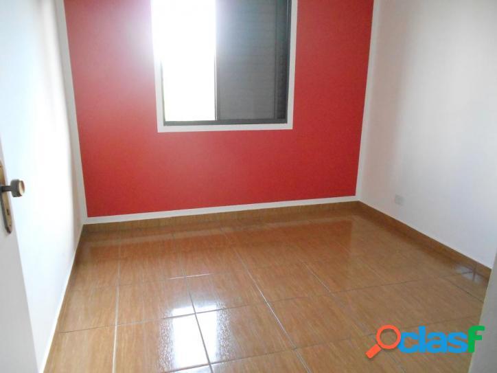Apartamento com 2 dormitórios à venda, 52 m² por R$