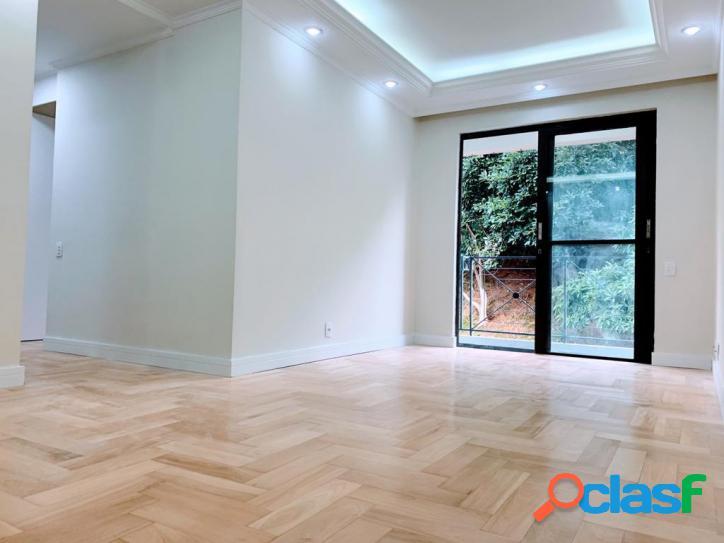 Apartamento com 3 dormitórios à venda, 65 m² por R$