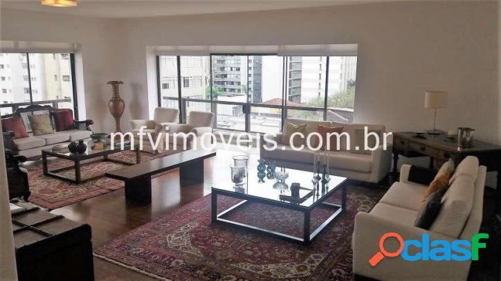 Apartamento na Alameda Casa Branca, 245 m², 03