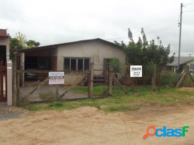 Casa residencial em condomínio fechado, centro de Águas