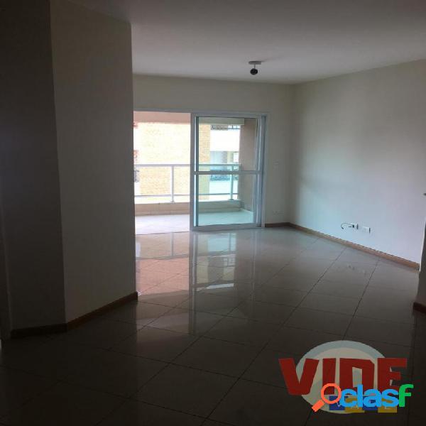 Apartamento com 3 dormitórios (1 suíte), 97 m², no