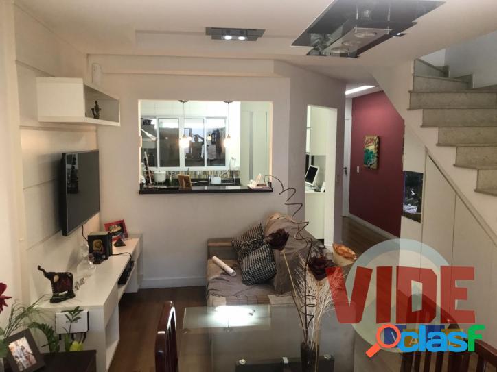 Sobrado, com 3 dormitórios (1 suíte), 119 m², em
