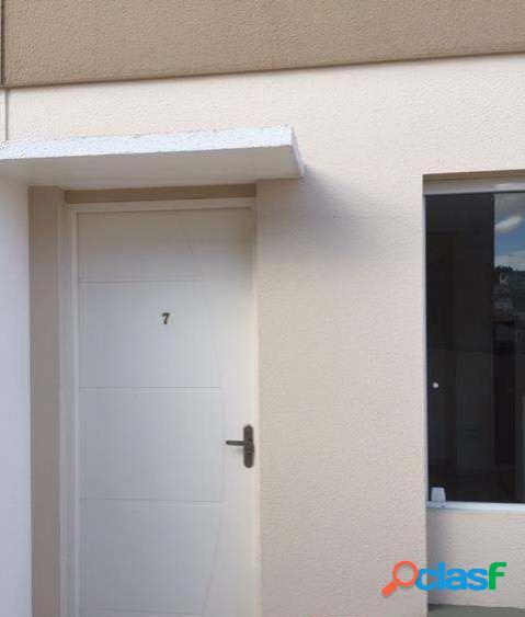Sobrado em Condomínio na região da Vila Nova Mazzei com 2