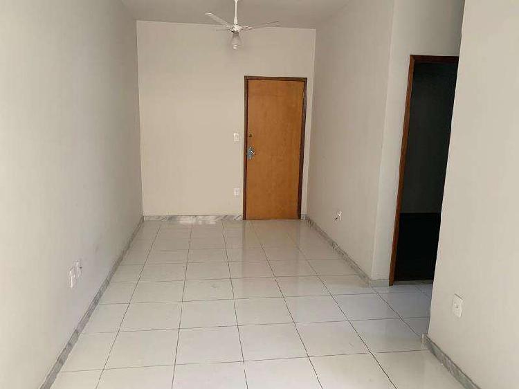 Apartamento, Floramar, 2 Quartos, 1 Vaga, 0 Suíte