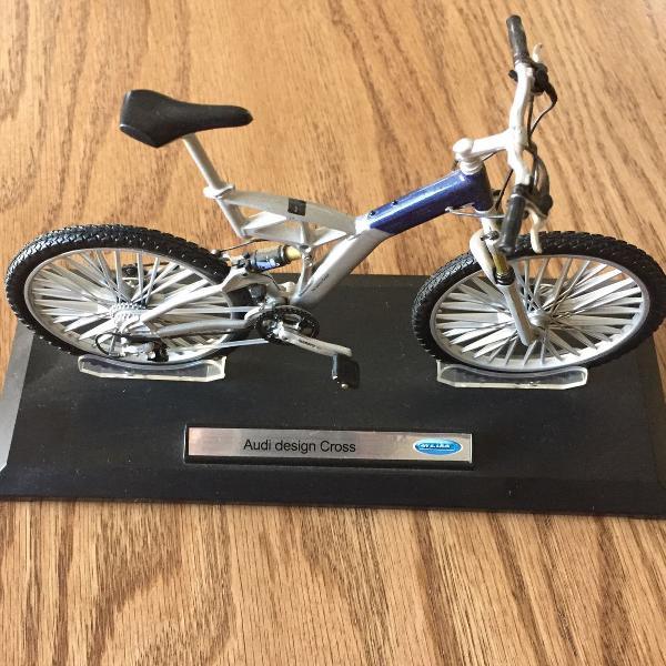 miniatura bicicleta mountain bike