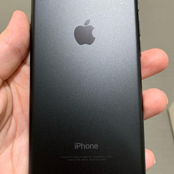 vendo iphone 7 32g usado para retirada de peças microfone