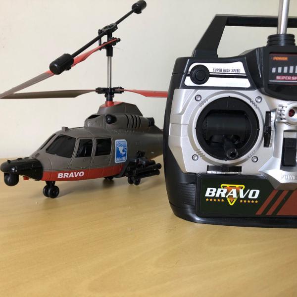 helicoptero com controle remoto