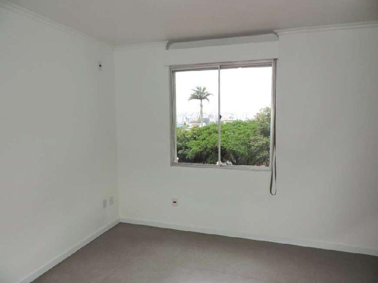 Apartamento 2 dormitórios, Bairro Azenha, vaga - Porto